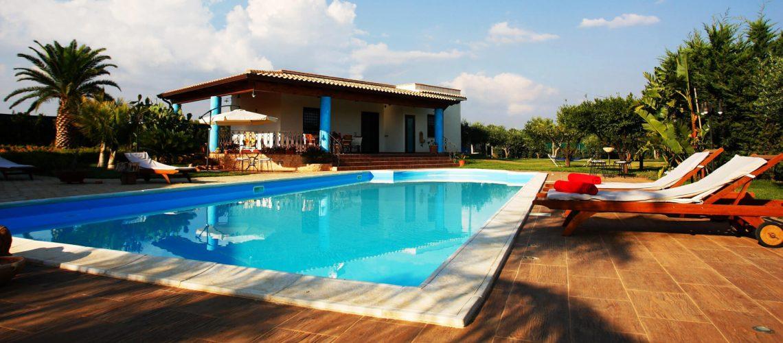 piscina con amacas1